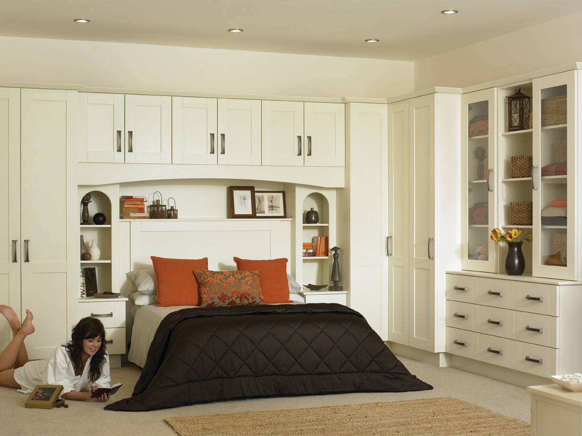Tuscany Hornschurch Ivory Bedroom Lr